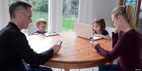 h-FAMILY-TABLE-TECH-628x314